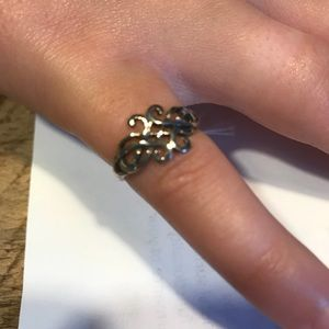 Jewelry - Sterling Silver Celtic knot ring Size 5